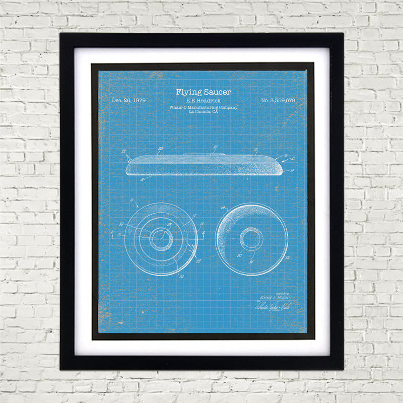 Framed 8 x 10 Ultimate Frisbee Patent Poster